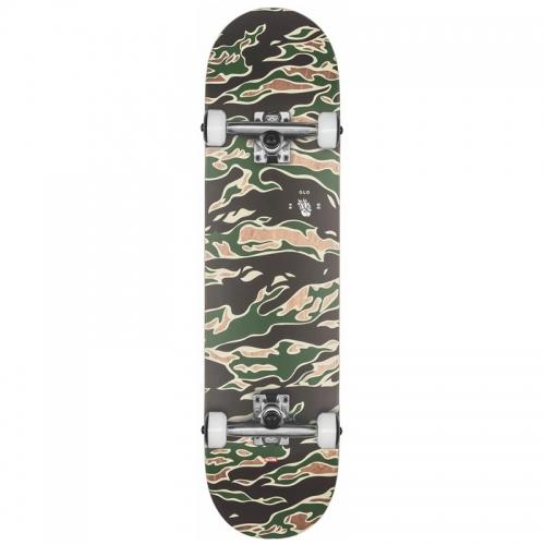 FULL ON skateboard